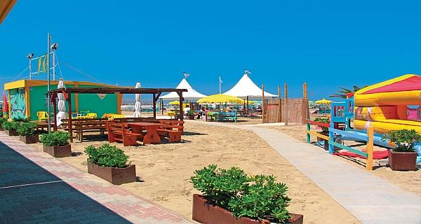 Rimini appartamenti travel event milano agenzia for Appartamenti rimini